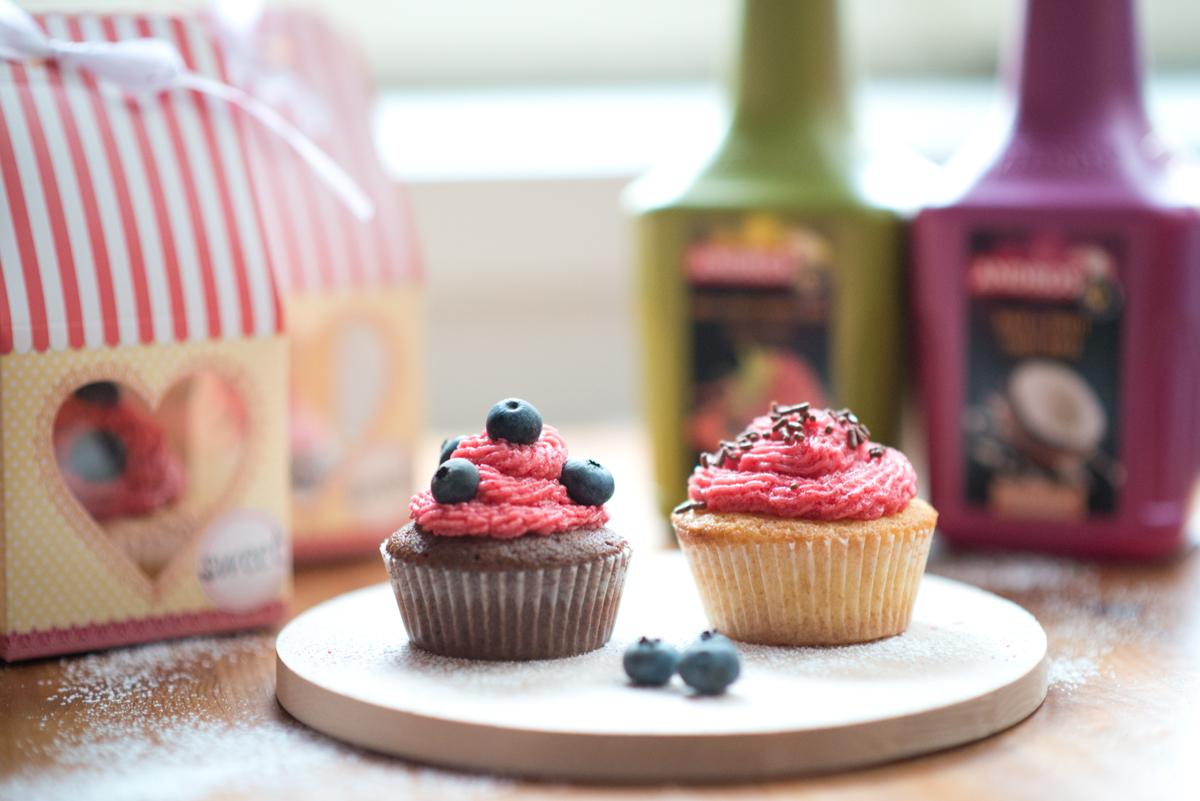 Andros Fruchtpüree Cupcake auf Teller