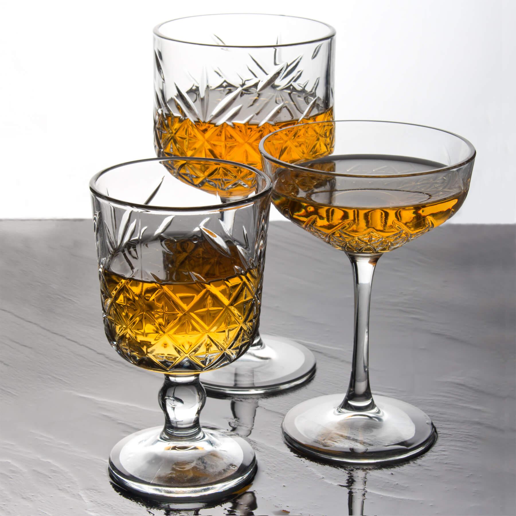 Paşabahçe Timeless Weingläser und Cocktailschale